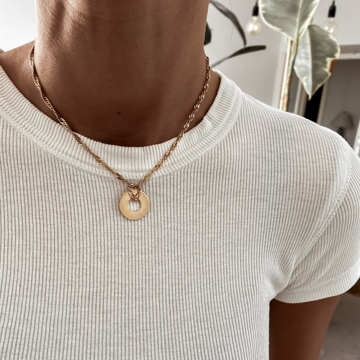 Necklace Round Circle Gold Plated